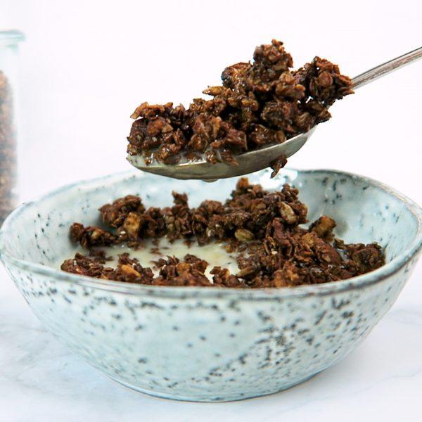 vegan ontbijt chocolade granola
