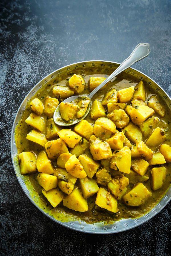vegan gele gekruide aardappelen recept